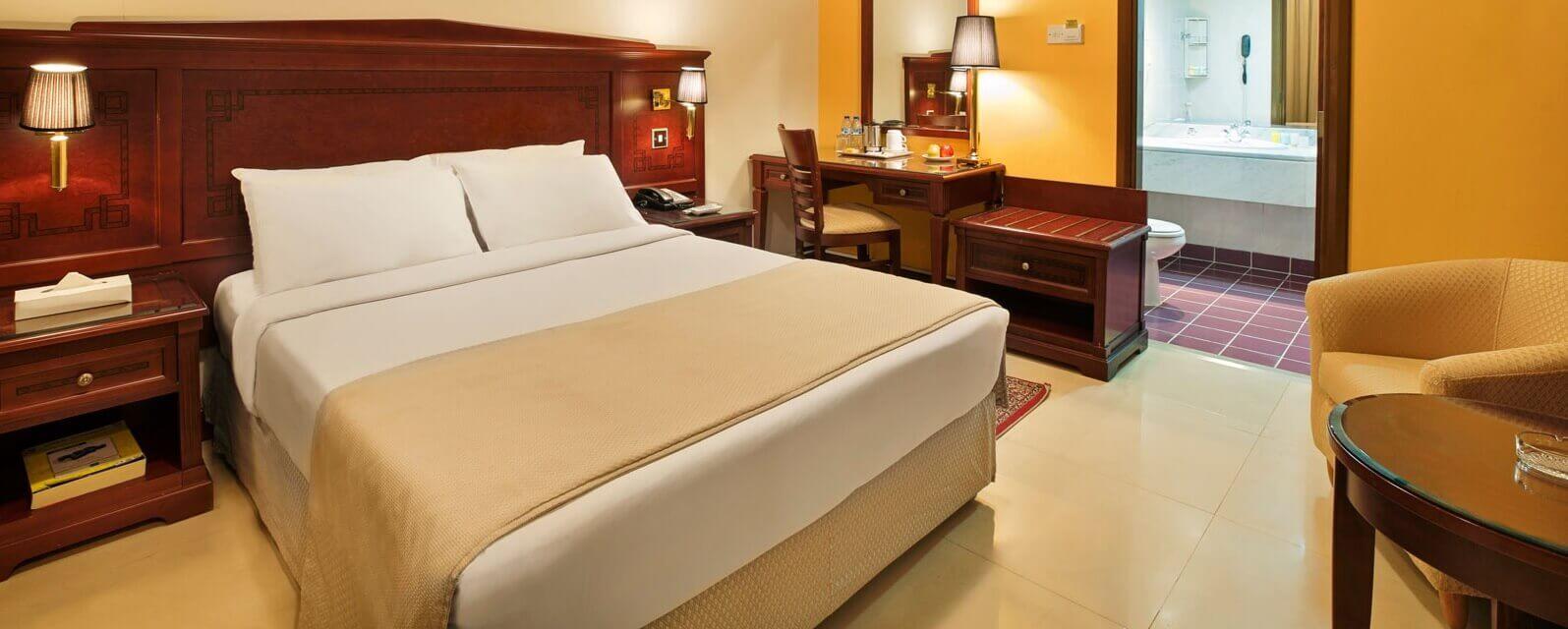 Rooms Amp Suites Admiral Plaza Hotel Dubai
