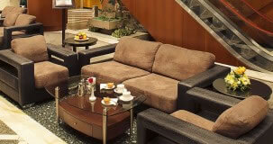Admiral Lounge - Admiral Plaza Hotel